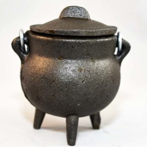 plain cast iron cauldron