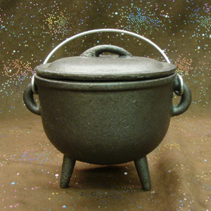 3.75″ Plain Cast Iron Cauldron