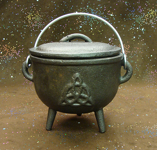 3.75″ Triquetra Cast Iron Cauldron