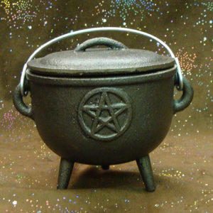cast iron pentacle cauldron 4.5 inch