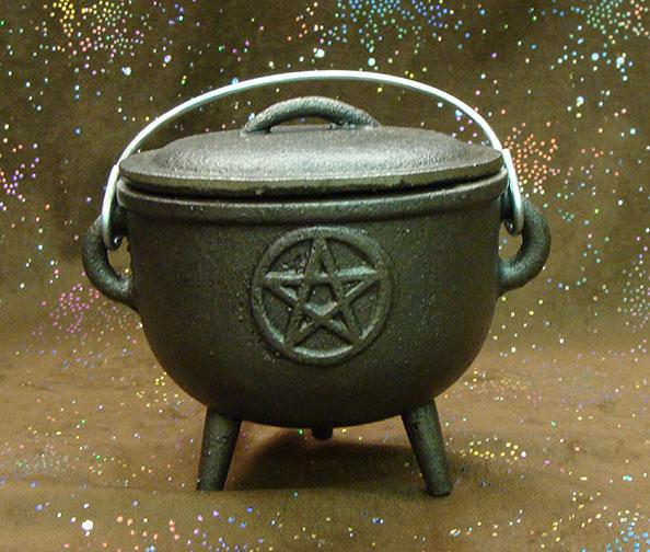 cast iron pentacle cauldron 4.5 inch