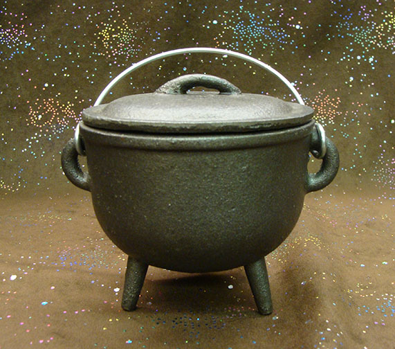 4.5 inch plain cast iron cauldron