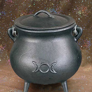 cast iron triple moon cauldron