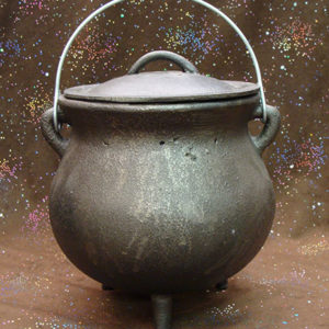 cast iron cauldron plain