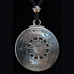 pendant for invisibility